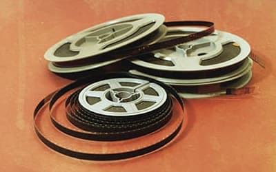 Transfer 8mm, Super 8 and 16mm movie film to DVD or  mp4 on USB